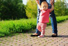 Как да изберем обувки за прохождане на бебе