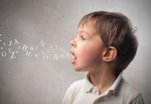 Кога проговаря детето?