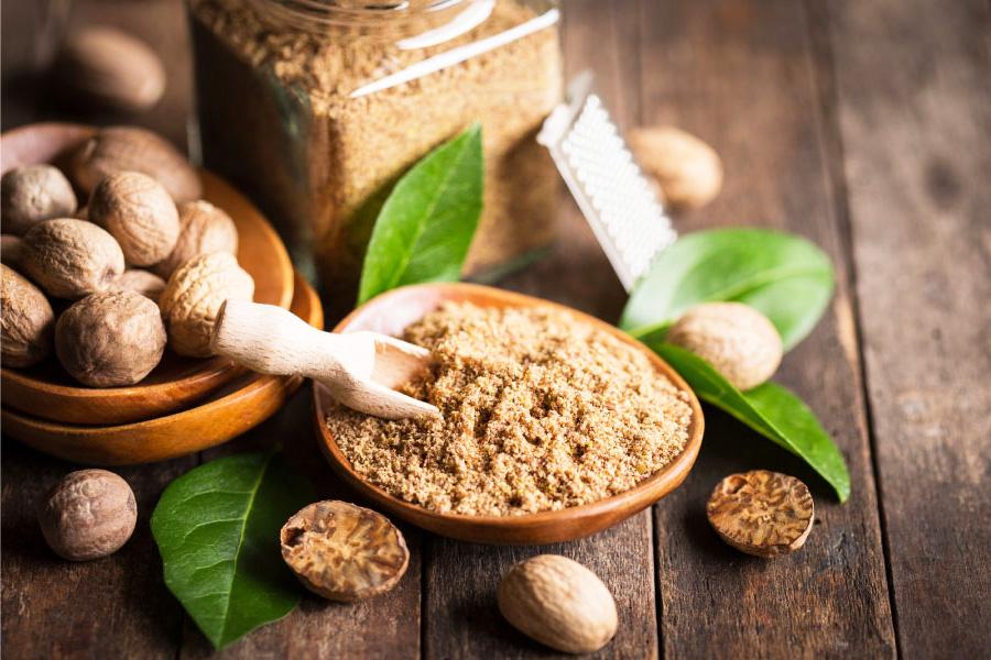 Индийско орехче, здравословни подправки