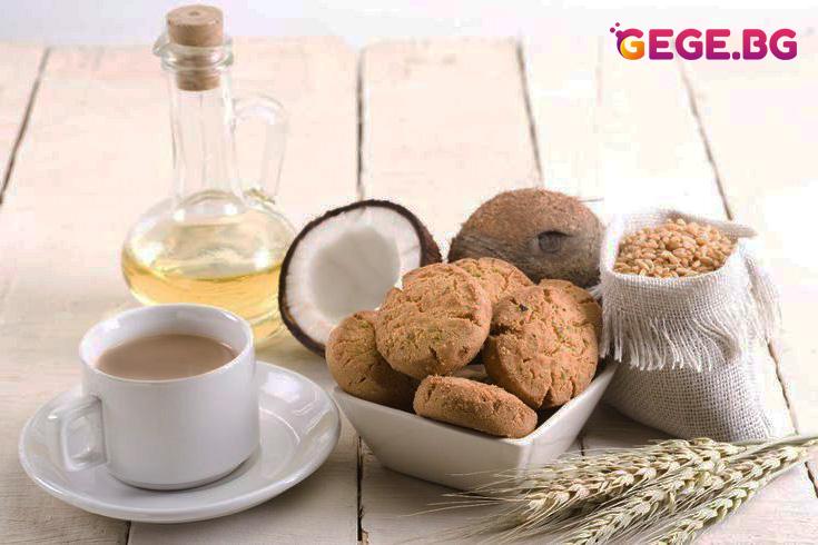 Овесени бисквитки с кокос и фъстъчено масло
