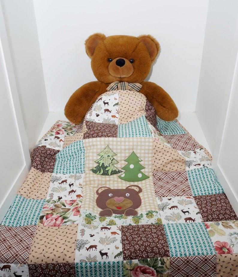 Ръчно изработени детски одеяла чрез пачуърк